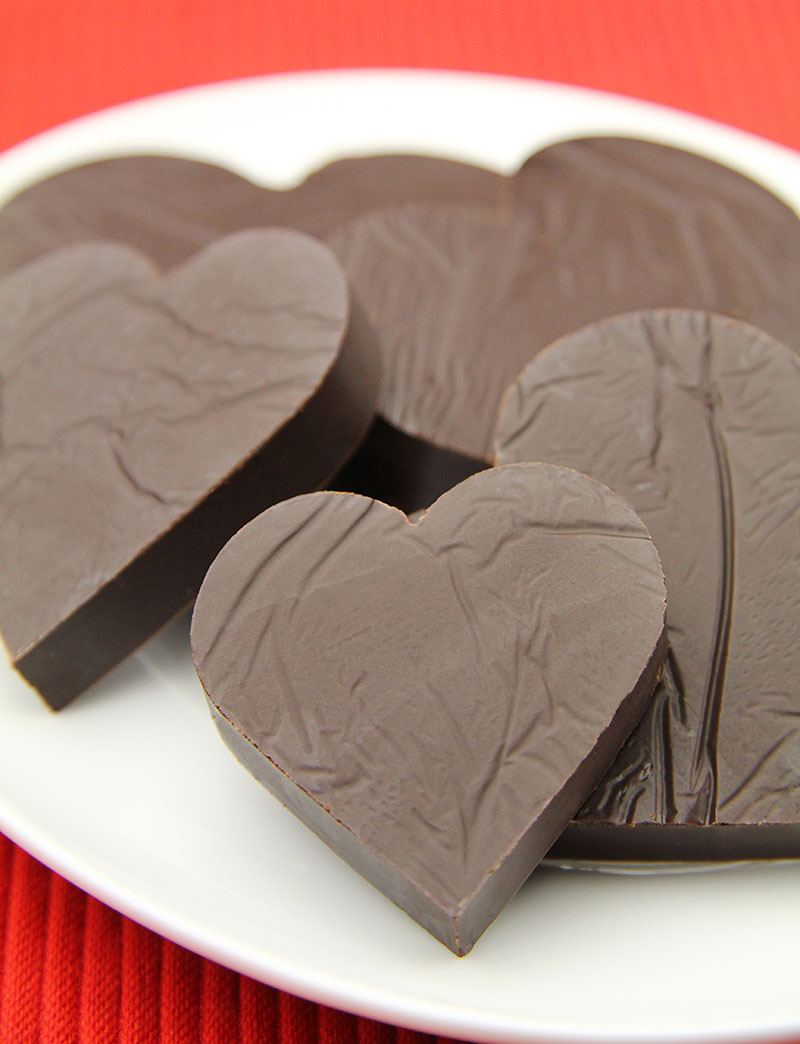 BBQ Chocolate Fondue Hearts 2 – Mortimer Chocolate Company - The Artisan Food Trail