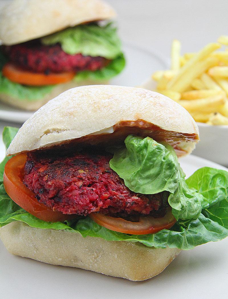 Beetroot Burgers 01 – Artisan Food Trail