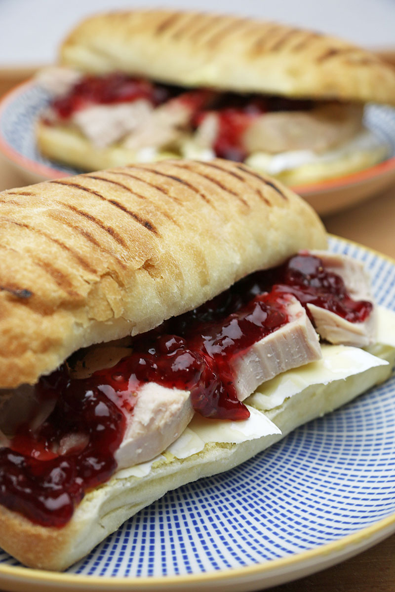 Turkey sandwich with brie and cranberry – Artisan Food Trail