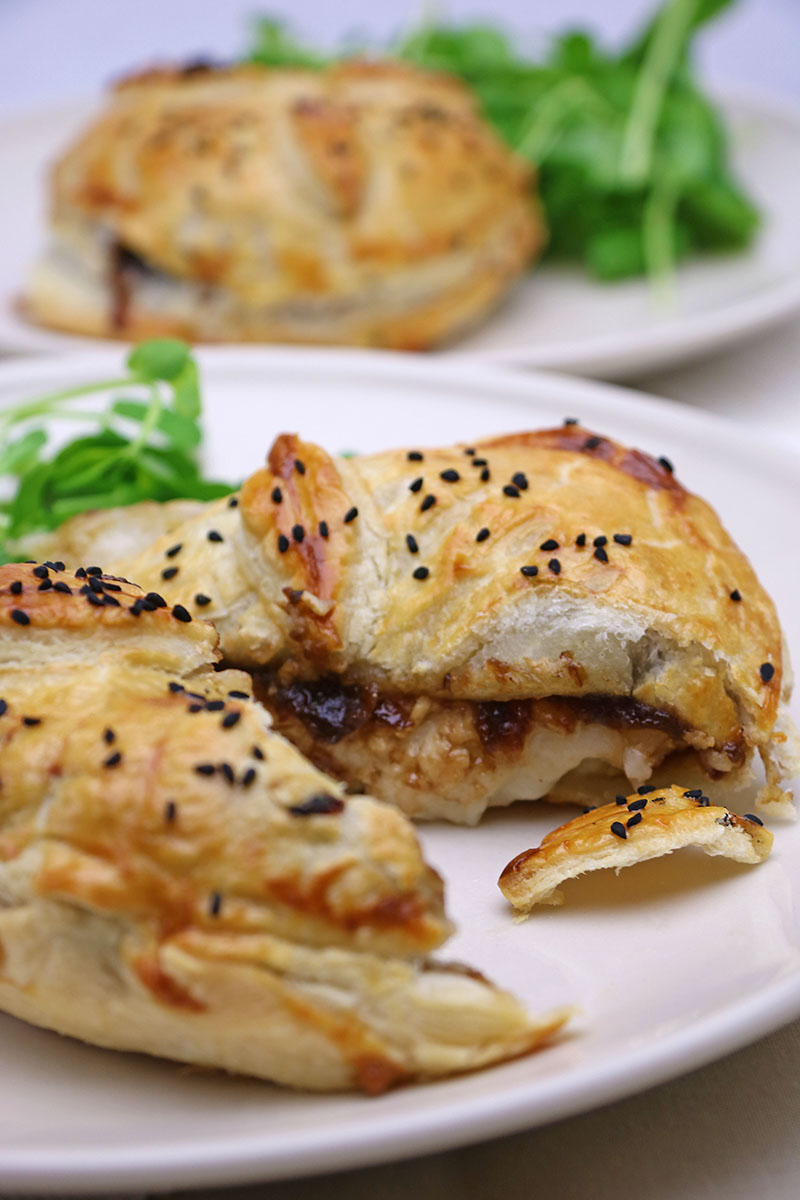 Goats' Cheese & Onion Marmalade Parcels Recipe 2