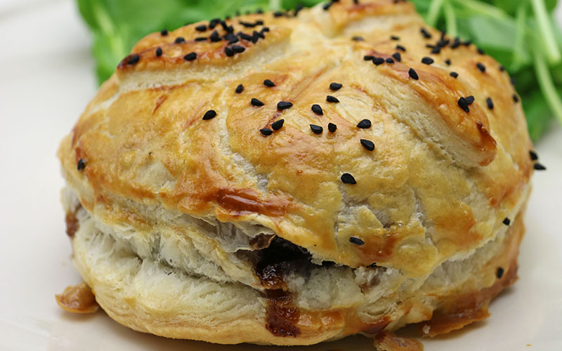 Recipe: Goats' Cheese & Onion Marmalade Parcels