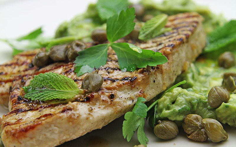 Recipe: Turkey Steaks with Lemon & Mint Avocado