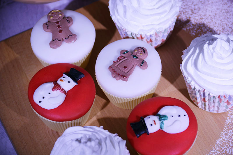 Simply Toppers Christmas cake decorations 1 – The Artisan Food Trail