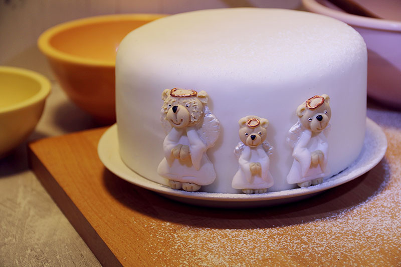 Simply Toppers Christmas cake decorations 4 – The Artisan Food Trail