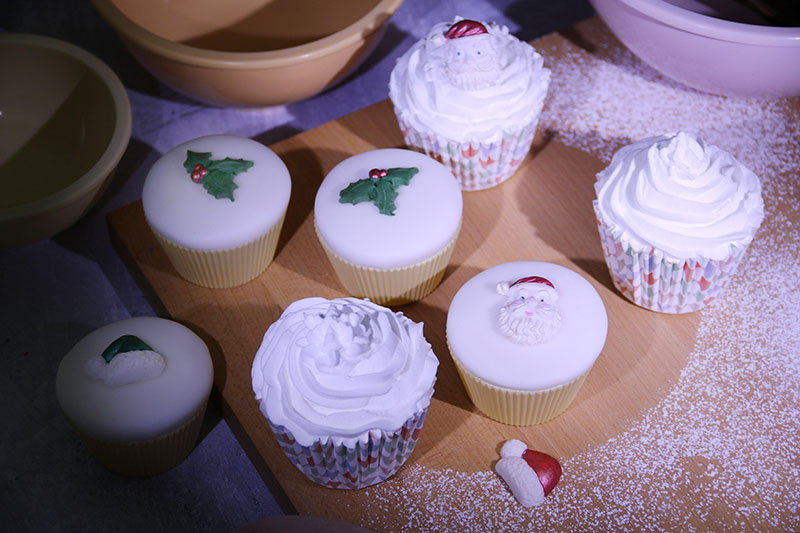 Simply Toppers Christmas cake decorations 2 – The Artisan Food Trail