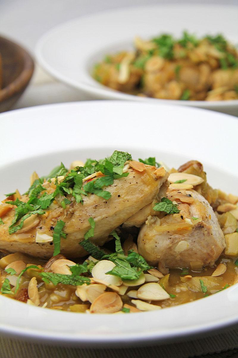 Chicken with Saffron & Green Olives Recipe