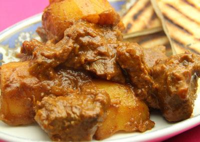 Aloo Mutton Shakkarwala (Caramelised Lamb Curry)