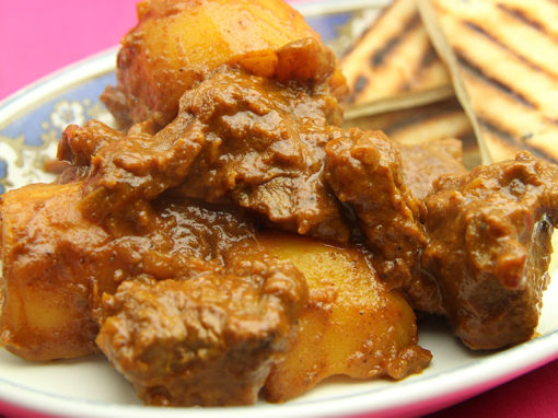 Aloo Mutton Shakkarwala (Caramelised Lamb Curry)